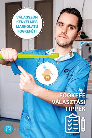 Dr. Varajti Artúr bemutatja a fogkefe nyelét