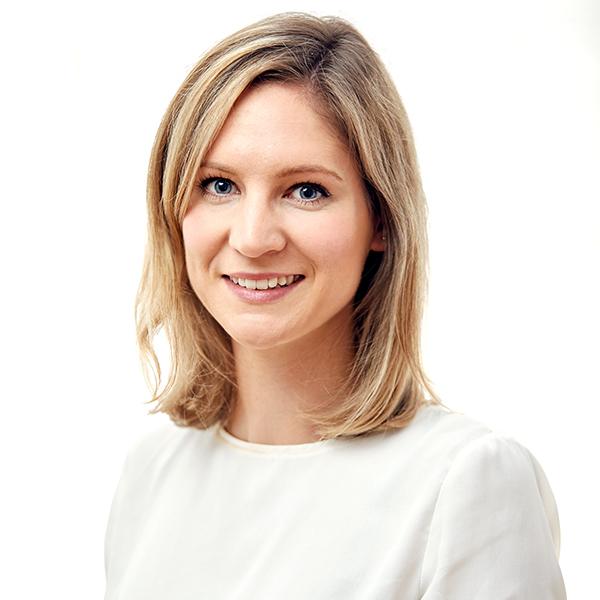 Dr. Sebők Vivien a budapesti fogászat és szájsebészet fogorvosa.